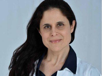 סגנית מנהל מחלקת העור במרכז רפואי העמק ערכה ספר חדש ברפואת עור