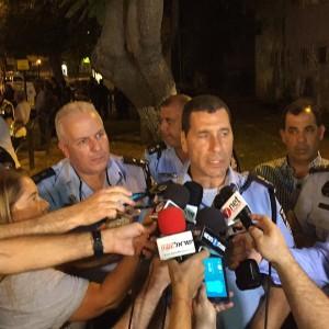 Северный округ полиции командир, майор Зоар Двор, трусы СМИ