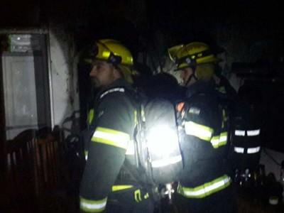 מגדל העמק: פעולות החייאה באישה שנלכדה בדירה שעלתה באש