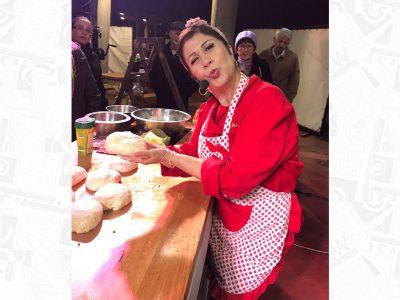 """סמדי """"בומבה"""" ממאסטר שף שיחקה אותה במרק חרירה, העפולאים ליקקו את האצבעות. פלאש!  -רכילות בעמק"""
