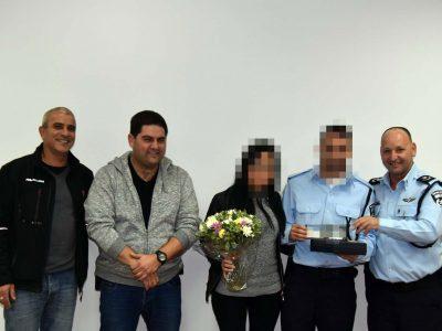 העוקץ המשטרתי:  סוכן סמוי אסף חומר מפליל כנגד עבריינים באזור