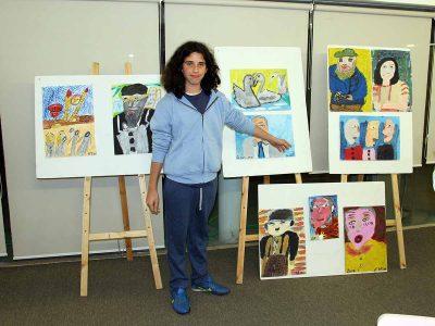כבוד: תערוכת ציורים לנער בן 14 מעפולה