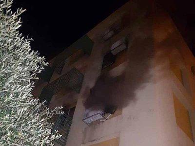 עפולה: שריפה בבניין ברחוב העגור, למקום מוזנקים ארבעה צוותים