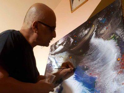 """גזית: """"חווית המוחלט""""- תערוכה ציורים של האומן אבי שטיבי"""