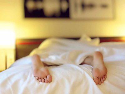 נצרת עילית: חשוד באלימות כנגד אשתו נתפס מסתתר מתחת למיטה