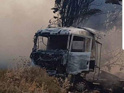 נהג משאית מהגלבוע במצב קשה לאחר שהמשאית בה נהג עלתה באש