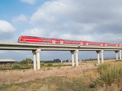"""אלקבץ לסמוטריץ': """"רכבת העמק תהיה יעילה וכלכלית הרבה יותר אם היא תקושר עד תחנת בנימינה"""""""