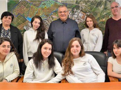 """6 תלמידות ממגדל העמק התקבלו לתכנית הארצית היוקרתית """"מהנדסות העתיד"""""""