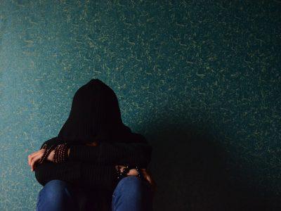 הקשר בין דליפת שתן ודיכאון