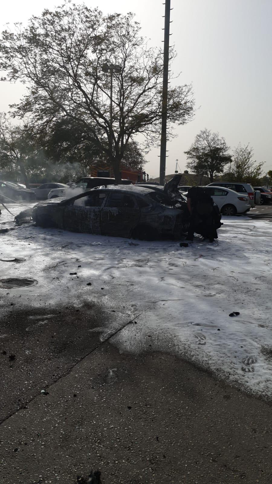 רכב נשרף בעפולה