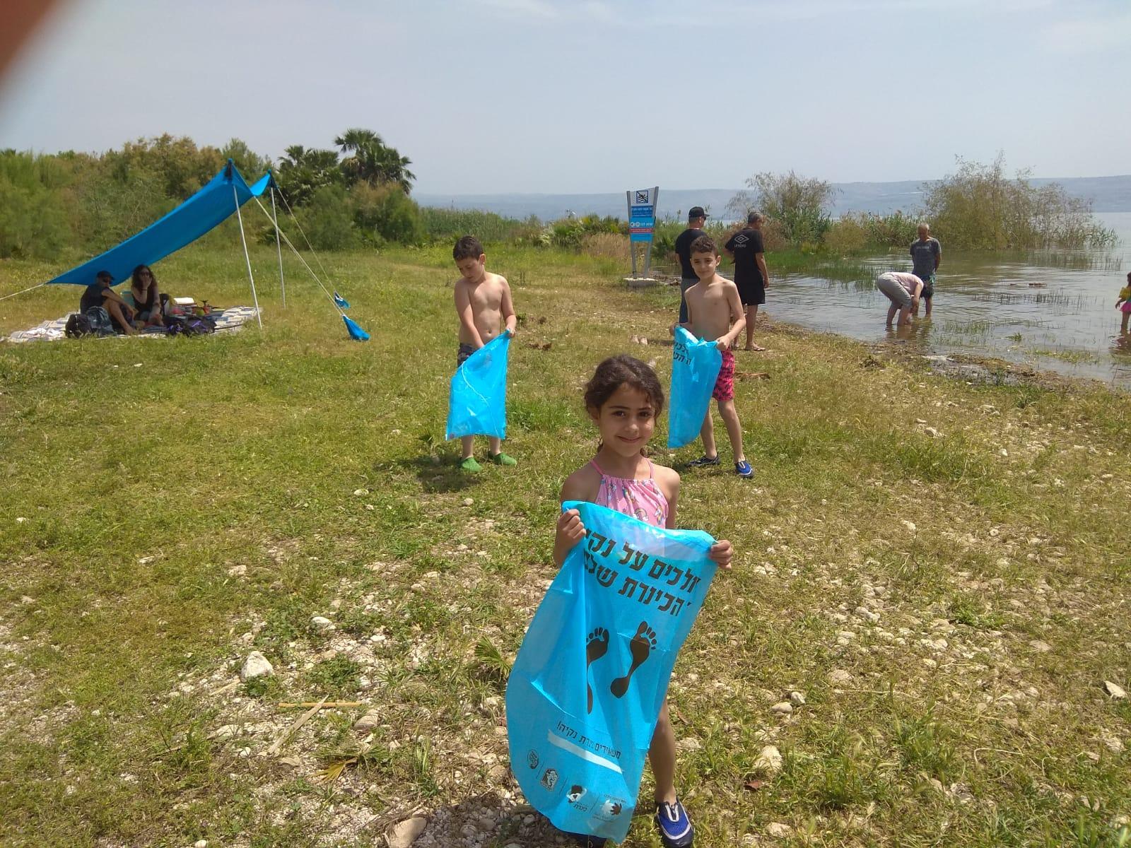 ברשות הכינרת ניצלו את החג לחינוך הילדים לשמירה על חופים נקיים