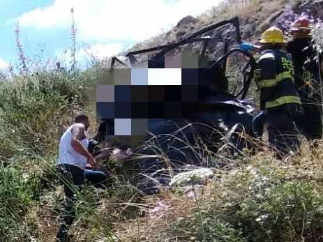 ניסיונות חילוץ הנפגעות ברכב השטח