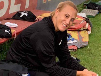 הספורטרפיסטית של הפועל עפולה מפזרת חיוכים במחנה האימונים בבולגריה ורפי בוסקילה באימון אישי עם ביברס נאתכו. פלאש! – רכילות בעמק